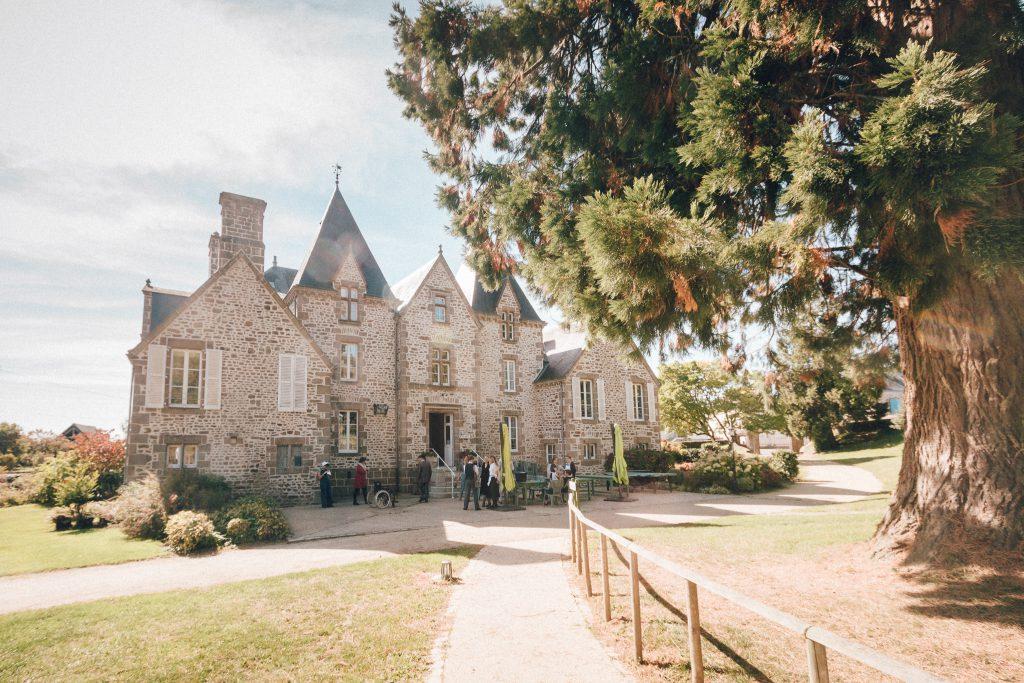 Chateau de Bourg, Saint denis de Gastine