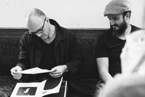 Ljubisa en lecture de portfolio avec Samir (Agnès Varda) à Vendôme