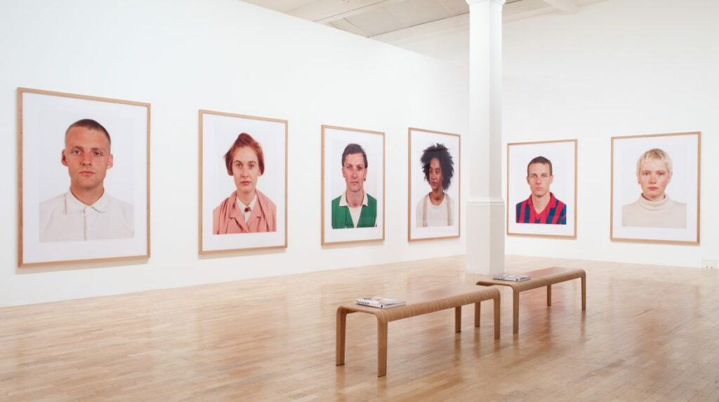 Thomas Ruff, photographe plasticien : vue de l'exposition Thomas Ruff: Photographs 1979 – 2017 à la Whitechapel Gallery en 2017-2018